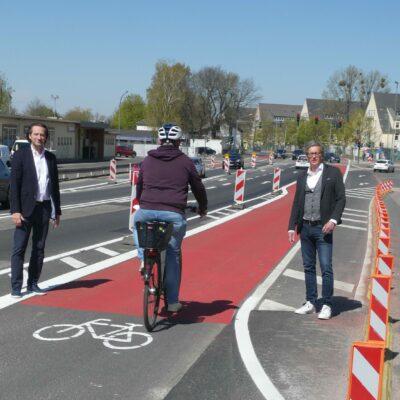 Pop-Up-Radstreifen in der Aschaffenburger Straße ist nun auf 700 Metern nutzbar